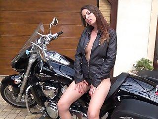 Aberrant biker babe Caroline Ardolino desires to pet her twat all over coarse mode