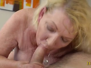 Big arse blonde granny fucked by her boy toy