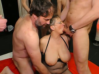 Obese tittied cougar Grace is fucked by yoke young with an increment of gormandizing dudes
