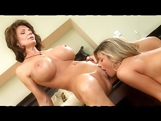Four Smoking Nasty Mother I´d Like To Fuck Lesbian Babes To - deauxma